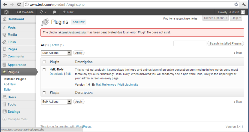 uninstalled WordPress plugin notification in WordPress dashboard